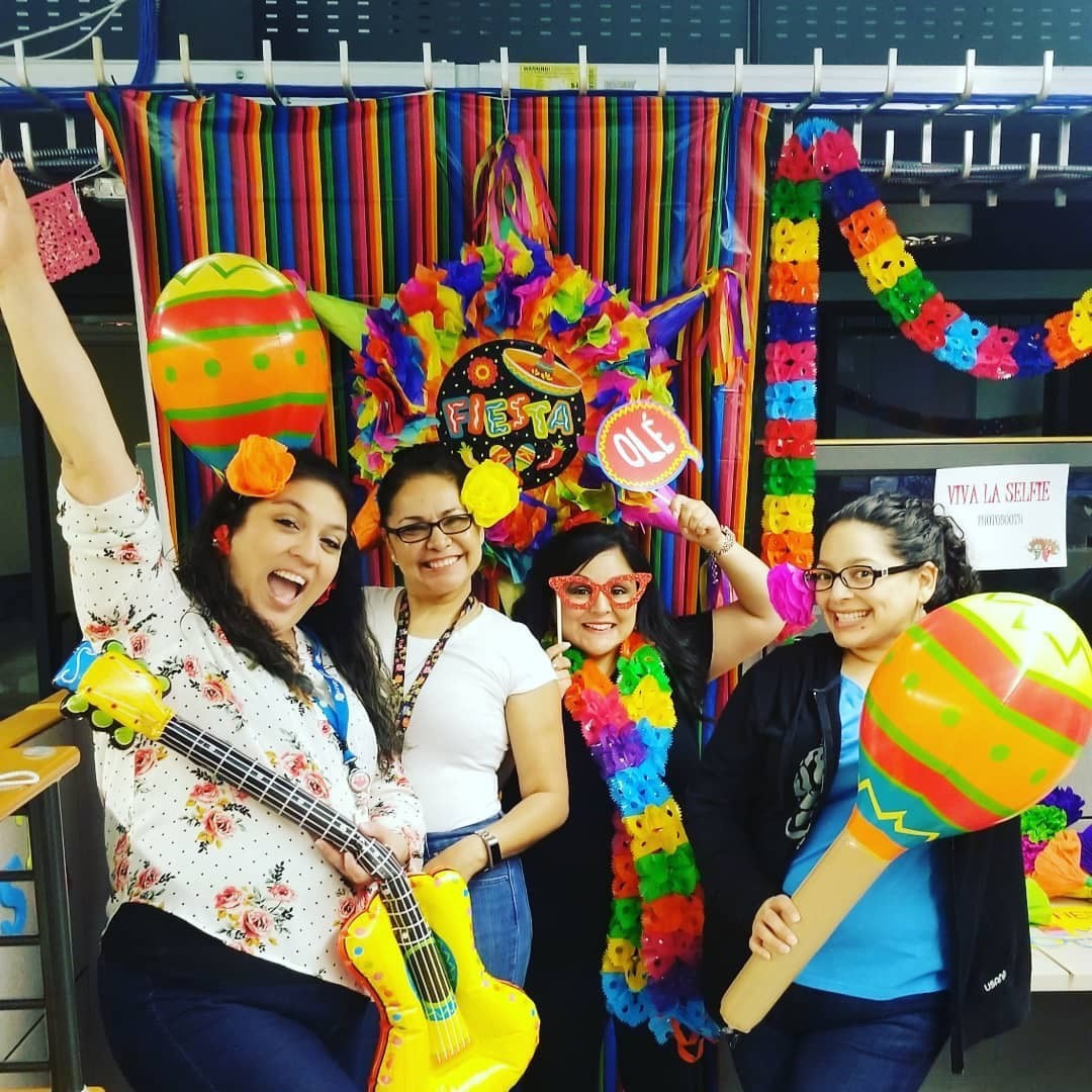 Employees decorating for Fiesta San Antonio